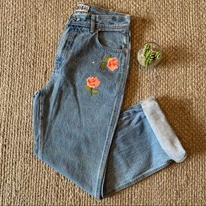 Vintage 90s Floral Embellished High Rise Mom Jeans